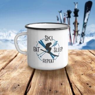 emailetasse mit skifahrermotiv